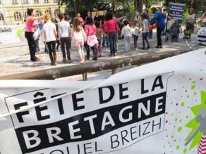 Initiation à la danse bretonne pour enfants